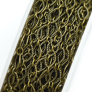 Antique Brass Textured Diamond Link (25ft spool)